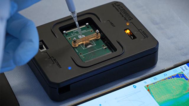 使用 Figure 4 3D 打印的 Lacewing 诊断设备微流体材料盒